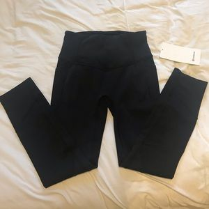NWT LuluLemon black leggings